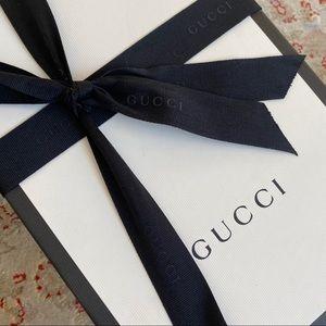 New Gucci Medium Box Jewelry Shoes Purse bow